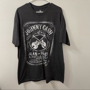 Johnny cash man in black/gray t shirt 2XL